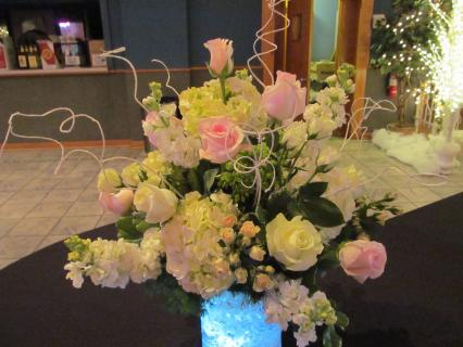 Arrangement Aglow