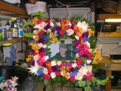 Square Mixed Wreath